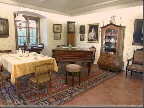MOUCKUV DUM  MUSEE DE CHOSES D' ANTAN (14)